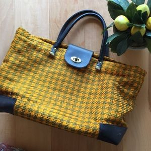 Handbags - Vintage Tote Overnight Bag